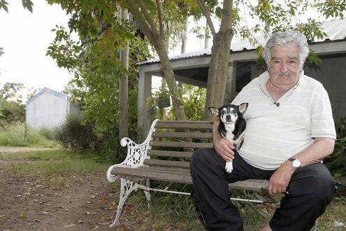 """José """"Pepe"""" Mujica: «Mi sento accolito del Papa» - La Stampa"""