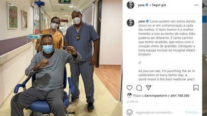Brasile, Pelé migliora: ''Il buon umore è la miglior medicina''