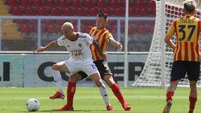 Calcio serie B, Lecce-Alessandria 3-2. Grigi beffati all'ultimo secondo, su un gol viziato da un fallo di mano