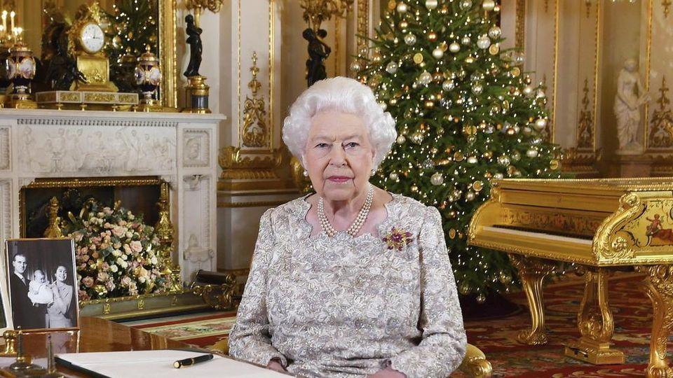 Gli Auguri Della Regina Elisabetta Tra Brexit Nipotini E Il Ricordo Del Padre La Stampa