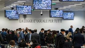 Mafie sempre più infiltrate nell'economia: a rischio i fondi per l'emergenza Covid