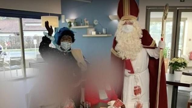 Babbo Natale Casa.San Nicola Fa Visita In Una Casa Di Riposo In Belgio Ma E Positivo Al Covid 19 121 Contagiati E 26 Anziani Morti La Stampa
