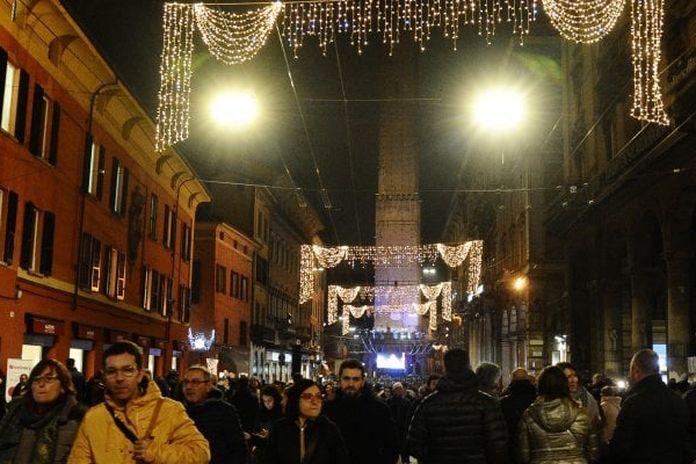 Bologna, parte della tassa di soggiorno per i turisti ...