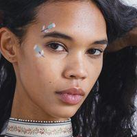 Trucco, sboccia il trend del make-up fiorito