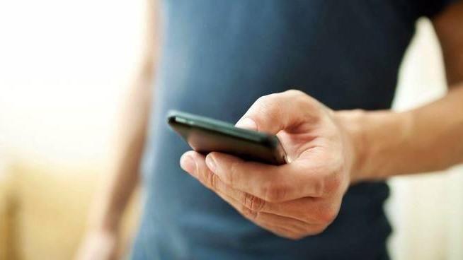 Ecco come anche le app più comuni diventano strumenti per spiare