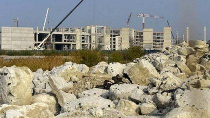 """Legambiente e Wwf: """"Il mall non si farà. La Giunta Pizzarotti lascia alla città scheletri di cemento"""""""