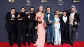 """Emmy, pieno di statuette per """"The Crown"""" e """"Ted Lasso"""""""