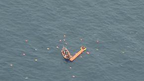Sea Watch, i difficili soccorsi al largo della Tunisia: le operazioni viste dall'alto