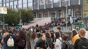 Il Green Pass manda in tilt l'università. A Torino code e intoppi per i controlli