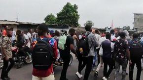 Congo, polizia uccide studente perché non aveva la mascherina: la protesta dei compagni