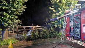 Rogo di cassonetti nella notte a Montaldo Scarampi