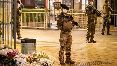 Traffici, donazioni via web, bitcoin e moschee: ecco come si finanzia il terrorismo