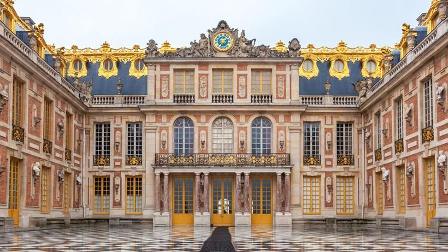 Nei Giardini Della Reggia Di Versailles Apre Un Lussuoso Albergo Da 14 Camere La Stampa