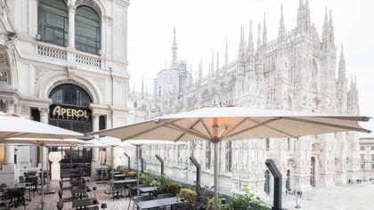 Milano in terrazza: Aperol, l'altra faccia di piazza Duomo