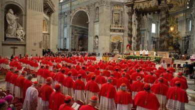 8 per mille, la Chiesa continua a incassare<br /> Un miliardo al Vaticano senza controlli