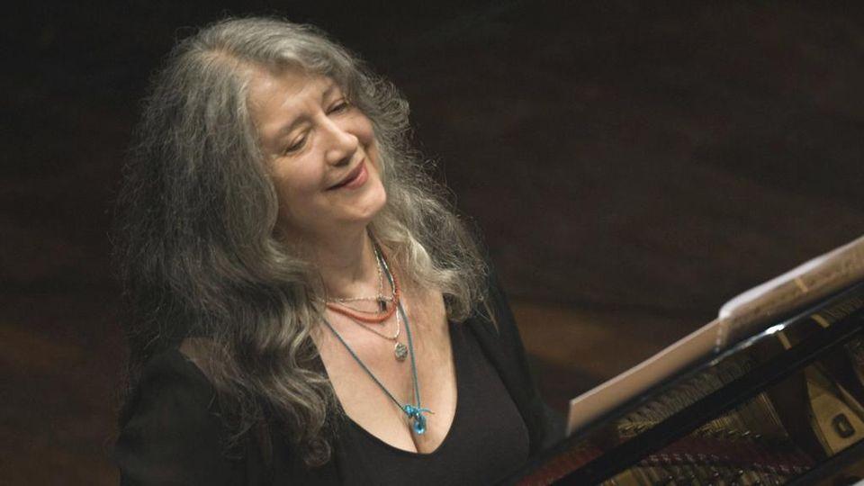 MiTo, il talento di Martha Argerich: una fuoriclasse che ha sconfitto la  paura - La Stampa