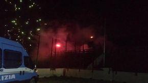 No Tav, riesplode la lotta in Valle: pietre e bombe carta contro le forze dell'ordine nel cantiere di San Didero