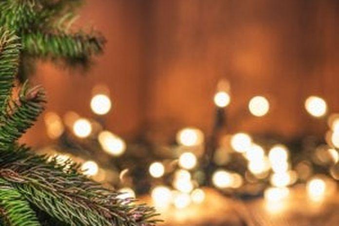 Immagine Di Natale Foto.Luci Di Natale Rotte Dove Si Buttano La Repubblica
