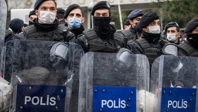 Turchia, repressione di Erdogan sull'università: La polizia arresta 159 studenti a Istanbul