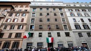 CasaPound: notificato il sequestro dell'immobile occupato a Roma, ma cade il reato di odio razziale
