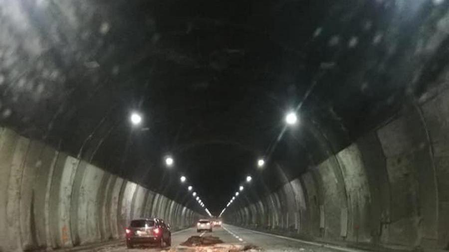 """""""Duecento gallerie autostradali a rischio. Non sono state rispettate le disposizioni Ue"""" – La Stampa"""