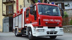 """Vigili del fuoco """"salvano"""" bimbo di due anni"""