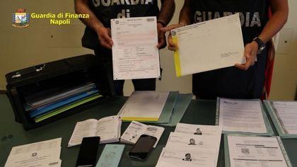 Napoli, antiterrorismo: arrestati 7 pakistani per ricettazione e contraffazione di documenti