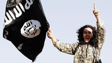 I profughi siriani fanno causa a chi ha finanziato i terroristi islamici