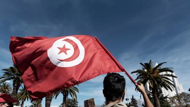 Dieci anni dopo la primavera araba, la Tunisia torna a sognare l'uomo forte