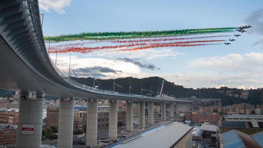 L'inaugurazione del Ponte Genova San Giorgio (da LaStampa)