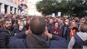 No Green pass, dagli autisti romeni ai timorati religiosi: i 15.000 che hanno bloccato Milano
