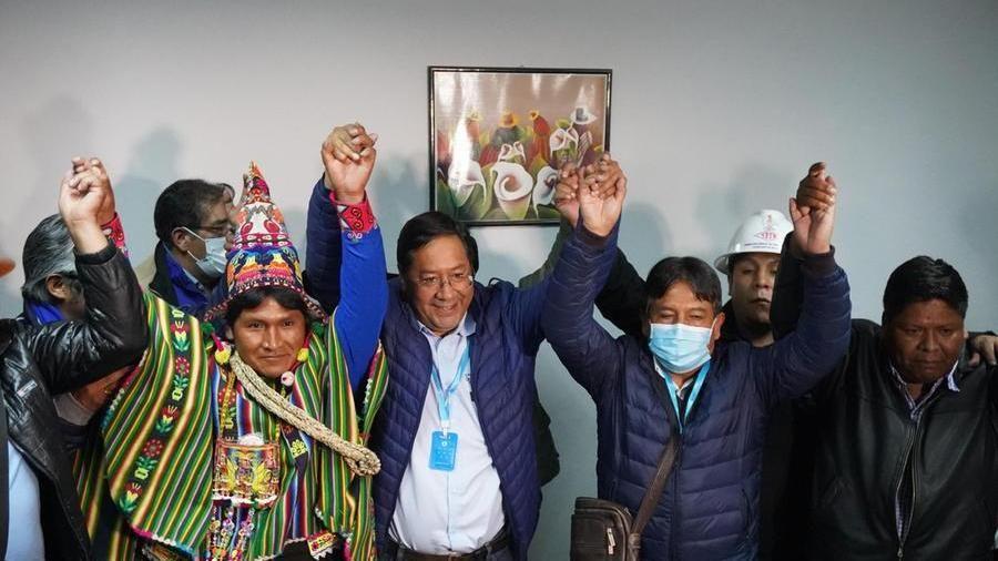 È il socialista Luis Arce il nuovo presidente della Bolivia - La Stampa