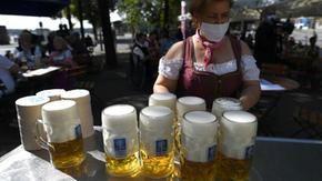 La pandémie expulse l'Oktoberfest de Munich, le festival de la bière émigre à Dubaï: