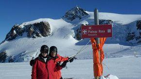 """Cervinia apre la stagione sciistica. Gli operatori: """"Siamo ottimisti"""". Skipass rincarati del 10% su tutte le Alpi"""