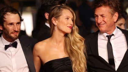 Cannes, risplendono i figli delle stelle: da Dylan Penn e Iris Law a Honor Swinton Byrne