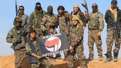 Siamo andati a combattere l'Isis. Ora lo Stato italiano ci sta processando