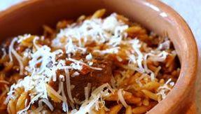 Giouvetsi, la pasta al forno con la ricetta greca che puoi fare anche in casseruola