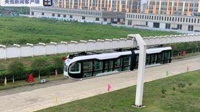 In Cina il treno da brividi: si viaggia su una monorotaia con fondale in vetro