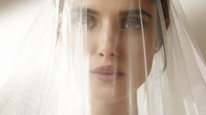Sposa 2021: suggestioni per il make up e le pettinature