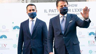 """Di Maio: """"Con Conte il Movimento 5 stelle potrà allargare la coalizione e tornare al governo"""""""