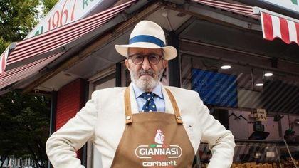 Milano, grembiuli e felpe solidali firmati insieme dal signore dello spiedo Giannasi e Carhartt