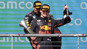 F1, Gp degli Usa: vince Verstappen davanti a Hamilton. Quarto Leclerc