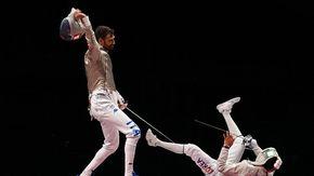 Tokyo 2020, due medaglie per l'Italia: Dell'Aquila nel taekwondo e Samele nella sciabola, ora caccia all'oro. Finale anche nel nuoto: gran tempo di Razzetti nei 400 misti
