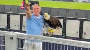Se il falconiere laziale fa il saluto fascista