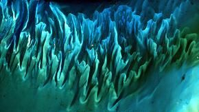 The most beautiful panorama on Earth seen from space? It's the Bahamas