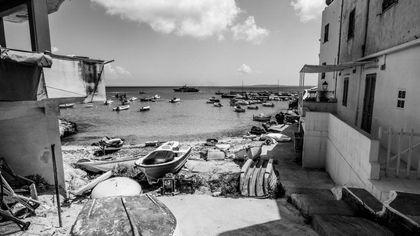 Ischia, foto in bianco e nero raccontano le isole d'Italia