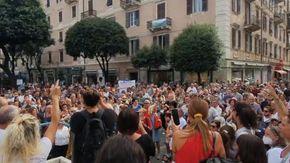 A Savona la protesta contro il Green Pass