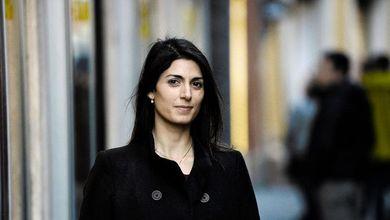 Virginia Raggi, chi è la donna che spaventa Renzi e Berlusconi