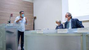 Confronto Sì Vax e No Vax all'Ordine dei medici: ma i contestatori non si presentano