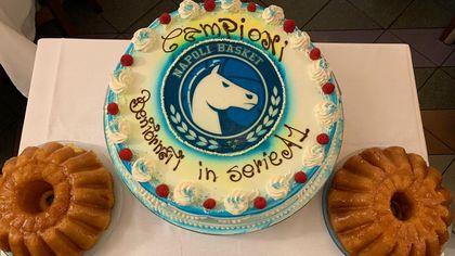 Pallacanestro: festa per la promozione in A1, la Gevi Napoli Basket al ristorante